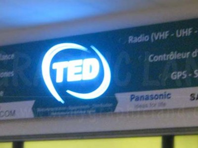 Enseigne en relief TED city