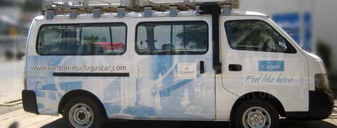 Impression sur Vinyle : habillage véhicule Hôtel Carlton